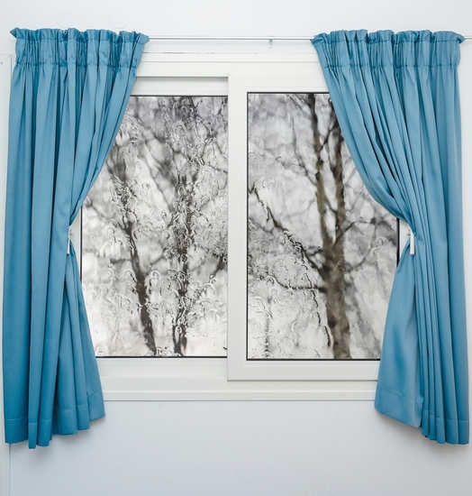 Окна со шторами фото
